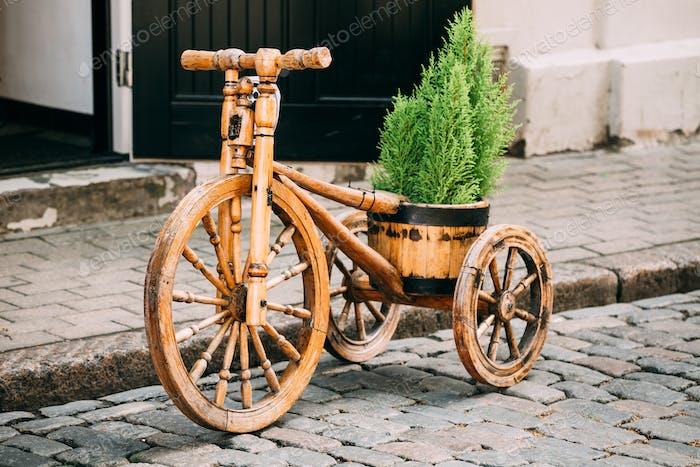Decorative Vintage Model Old Wooden Bike Bicycle Equipped Basket