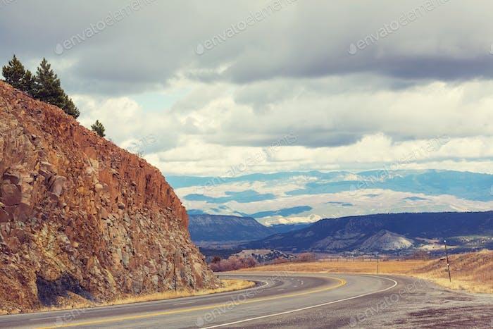 Millones de dólares carretera