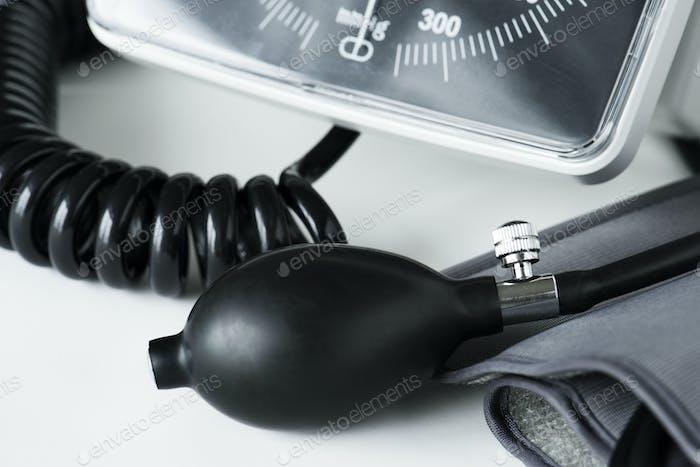 Closeup of manometer tool