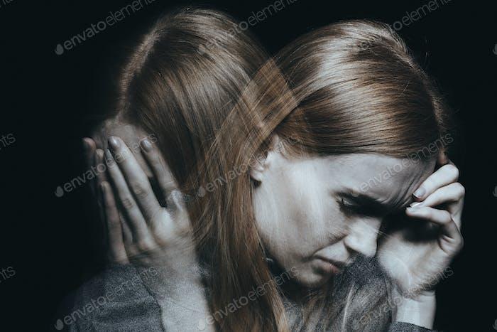Weiblich mit Stimmungsstörung