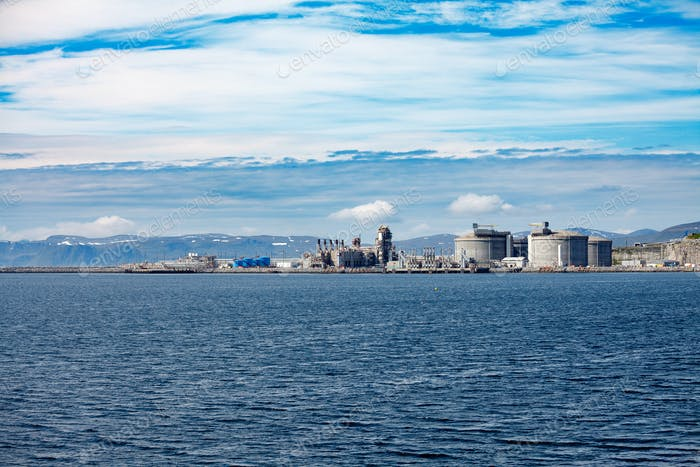Hammerfest Insel Muolkkut Nordnorwegen, Gasaufbereitungsanlage