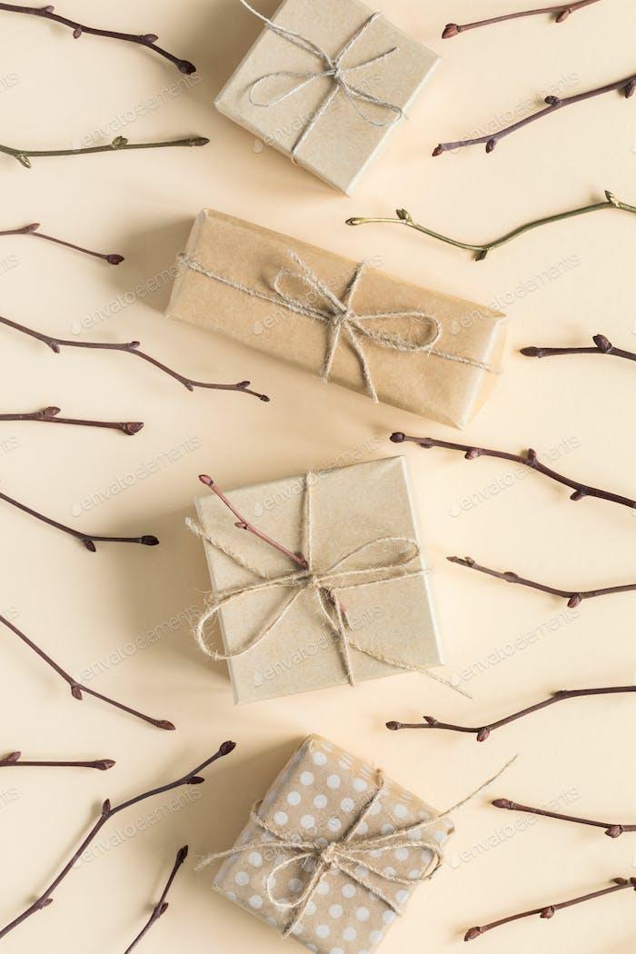 Zero Waste Geschenkverpackung auf Set Sail Champagne Farbe