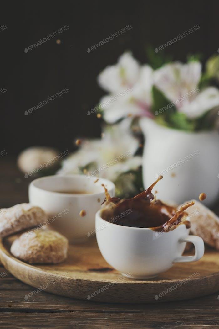 Eine Tasse starken italienischen Kaffee