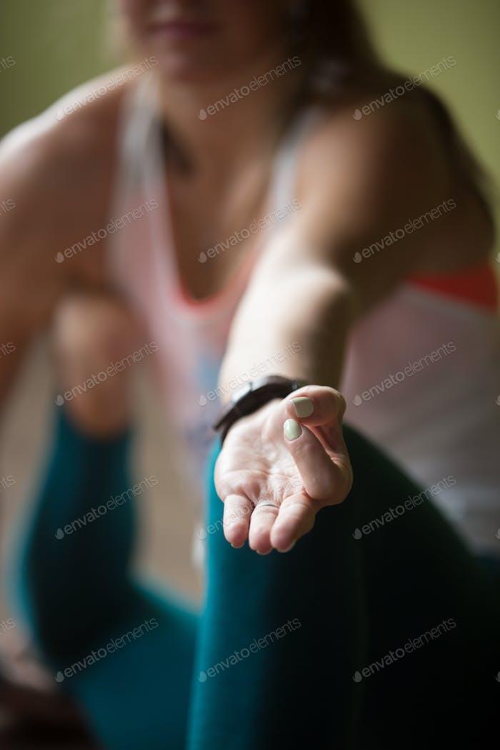 Nahaufnahme von Yoga Dandasana Pose