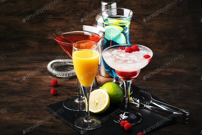 Cold refreshing alcoholic beverages and drinks