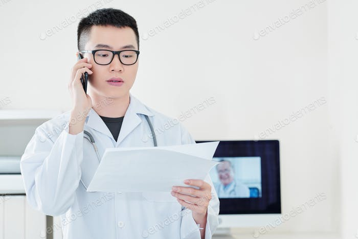 General practitioner calling to client