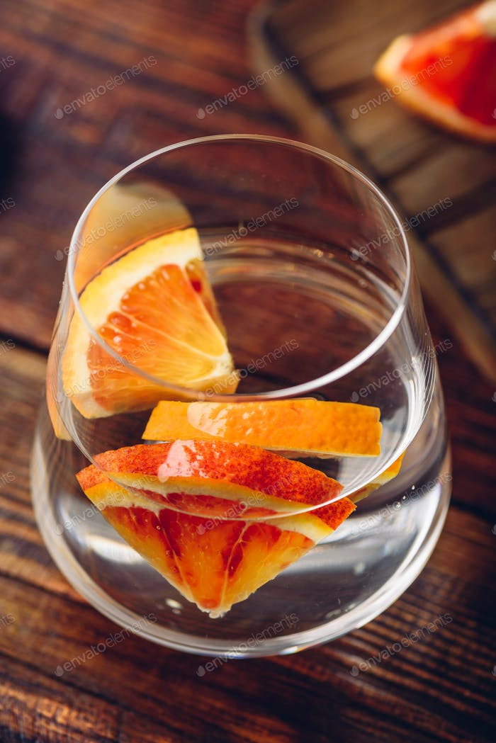 Detox water with blood oranges
