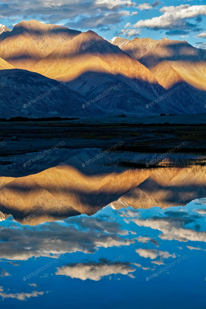 Himalayas on sunset, Nubra valley, Ladakh, India