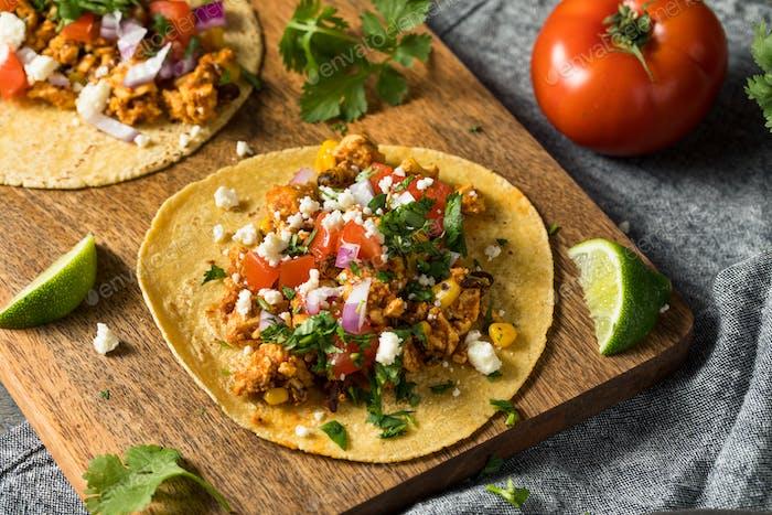 Gesunde hausgemachte Sofritas Tofu Tacos