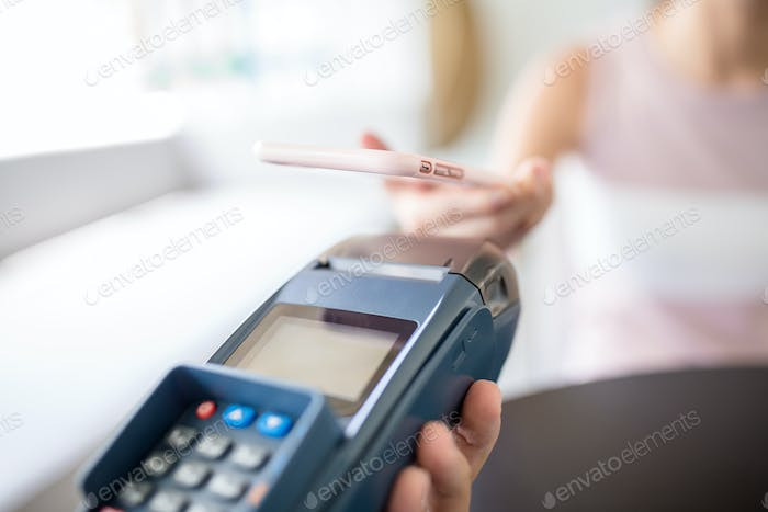 Paying with smartphone