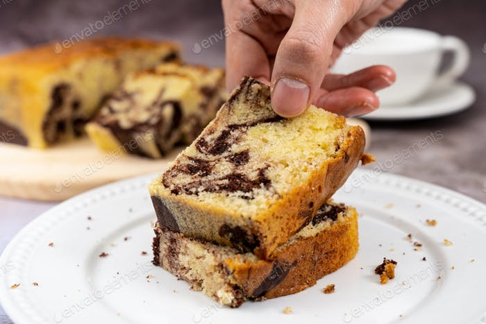 Marble chocolate pound cake