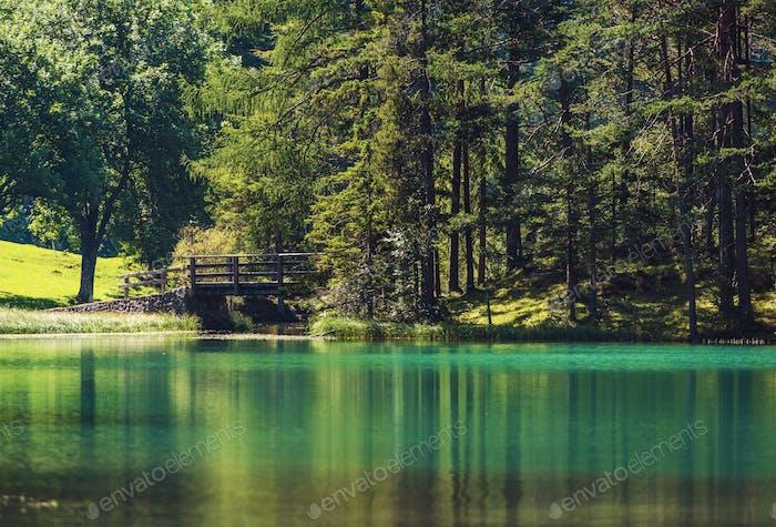 Lac Turquoise pittoresque