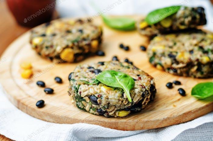 quinoa black bean spinach corn burgers