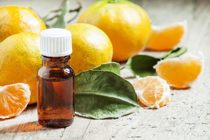 Aromatic tangerine oil, with tangerines