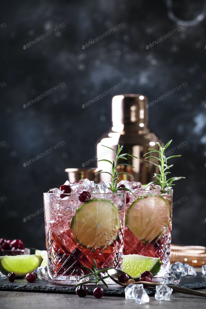 cranberry drink or cocktail