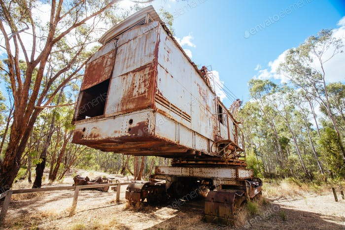 Dredge and Dragline Historical Site in Australia