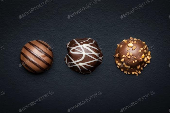 Pralinenbonbons. Schokoladentrüffel.