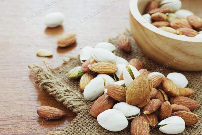 Almond mixed on sack