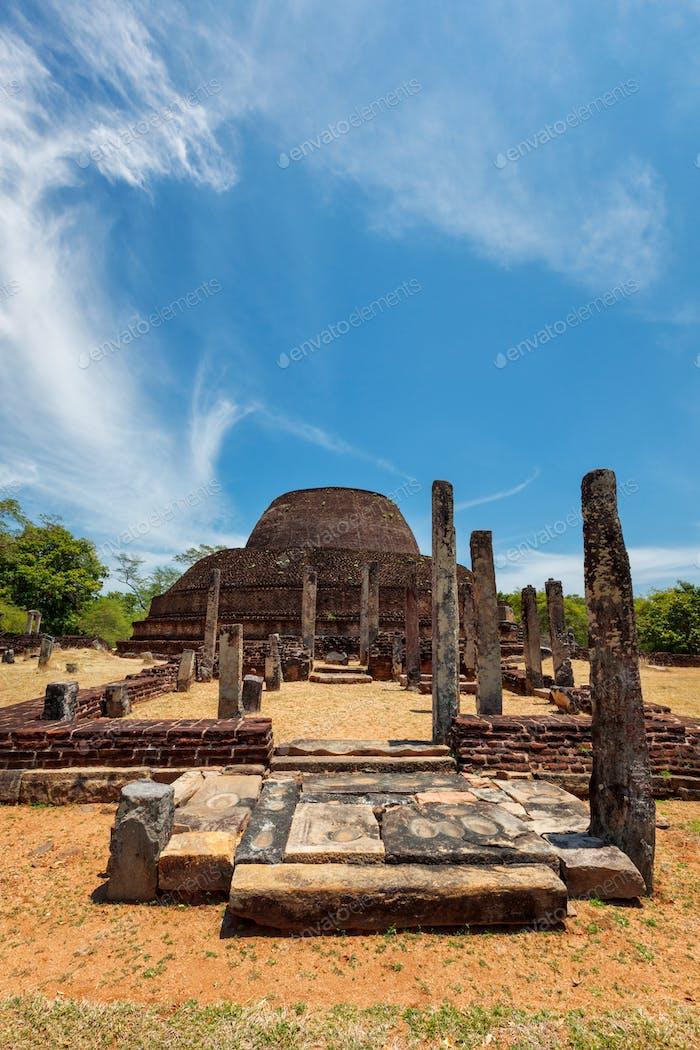 Alten buddhistischen Dagoba Stupa Pabula Vihara. Sri Lanka