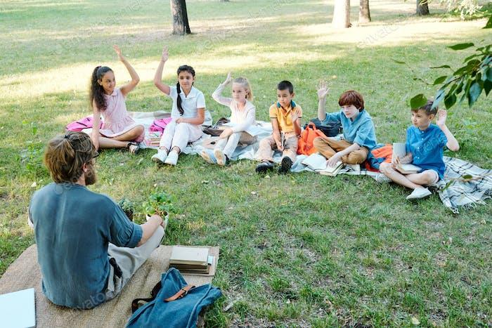 Asking preschoolers at outdoor class