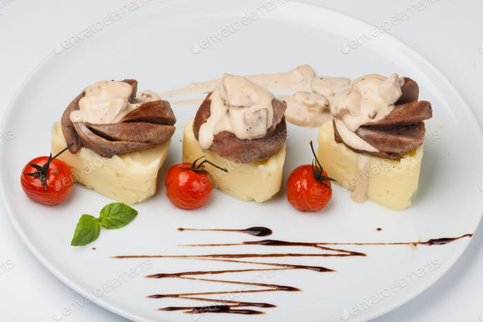 mashed potatoes with Beef tongue