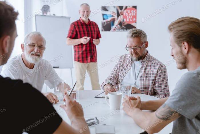 Therapy learn how to connect with men in group settings around issues such as relationships