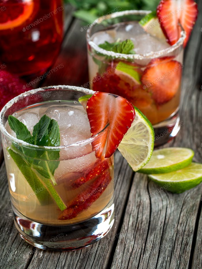 Strawberry mojito cocktail