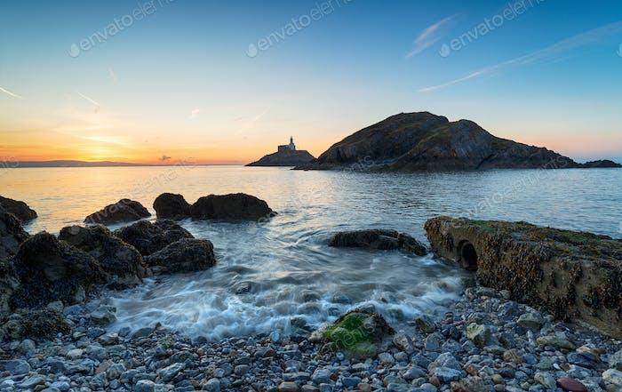 Sonnenaufgang bei Mumbles bei Swansea