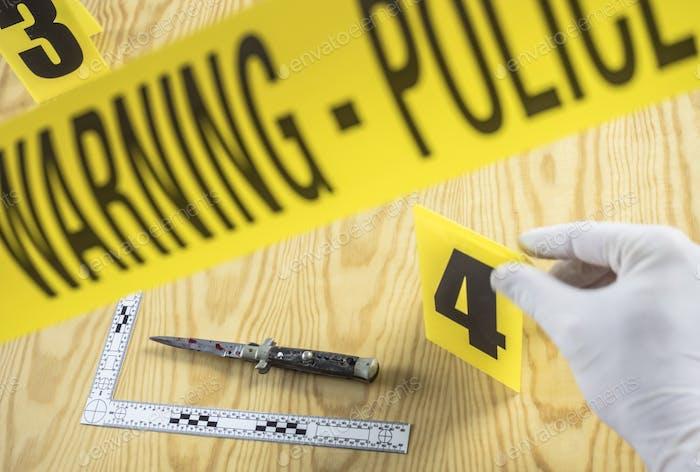 Tatort, Rasiermesser mit Blut gesichtet, Regel der ballistischen Messung