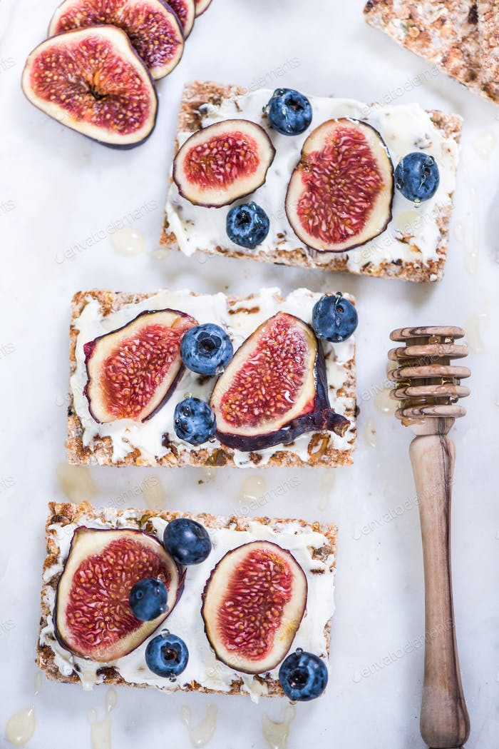 Autumn fruit figs and blueberries