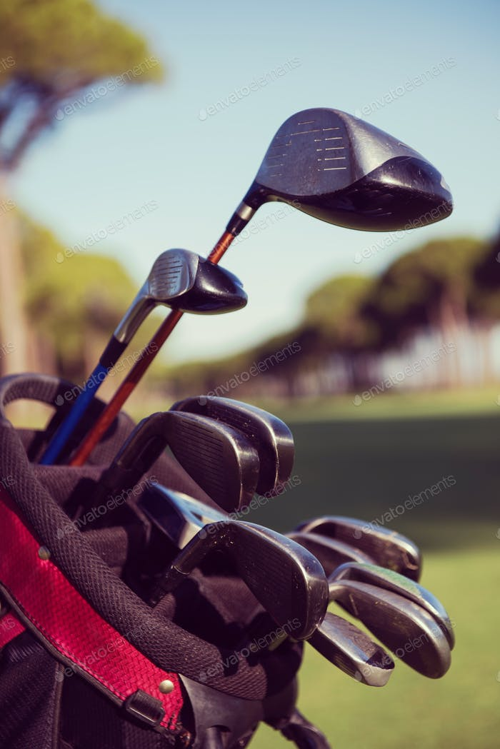 close up golf bag on course