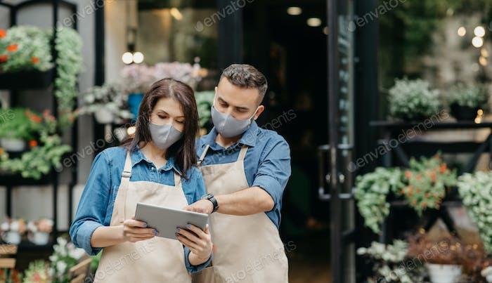 New working conditions, online ordering via internet and coronavirus quarantine