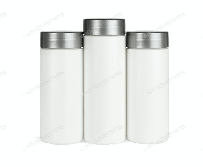 Drei Kunststoffbehälter