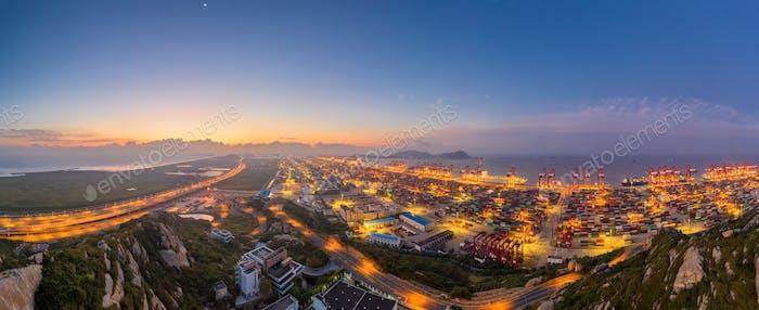 Shanghai Yangshan Hafen