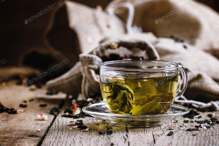 Green Ceylon tea in the cup