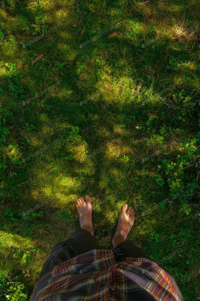 barefoot moss ground
