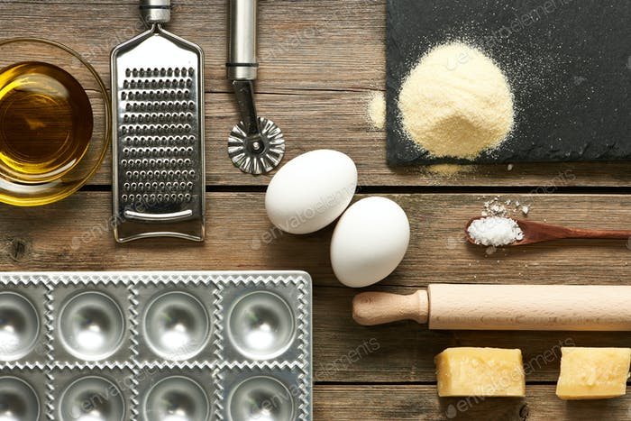 Utensils and ingredients for ravioli