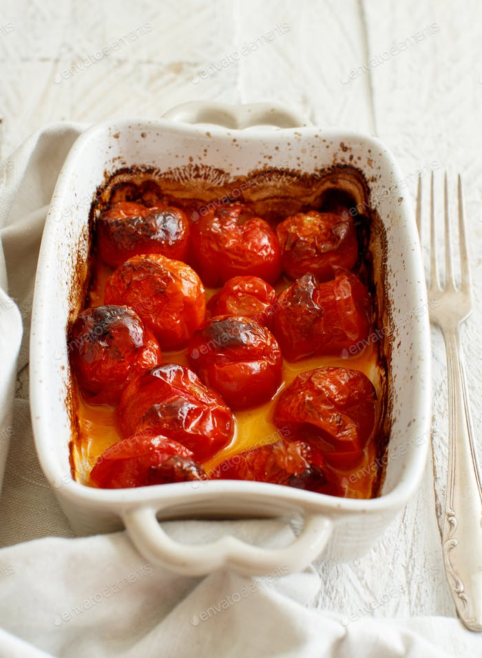 Roasted cherry tomatoes casserole