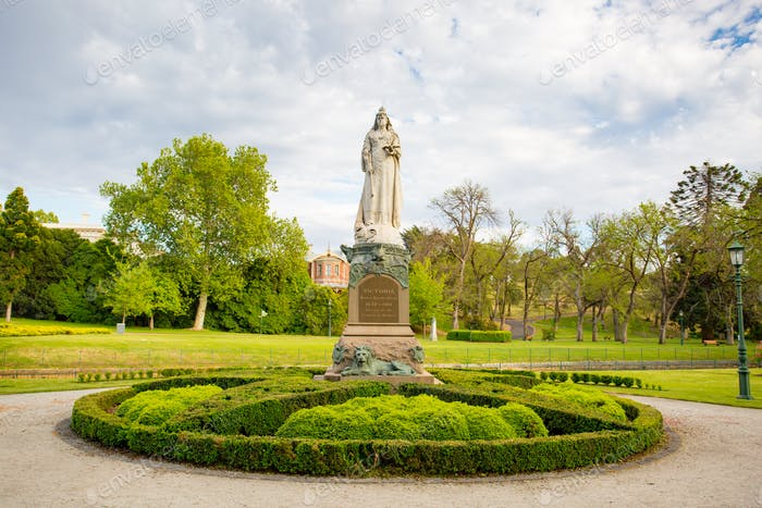 Rosalind Gardens and Queen Victoria monument on a warm spring morning in Bendigo, Victoria, Austral