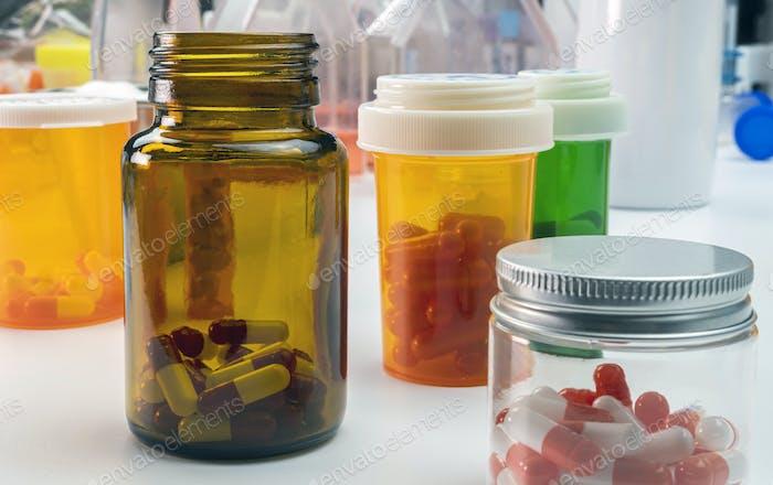 Лодки медицины янтарь прозрачный, концептуальный образ