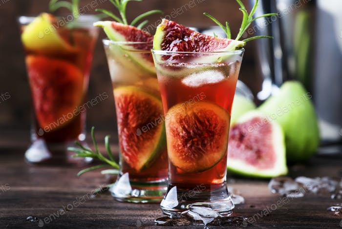 Fig red cocktail with cognac
