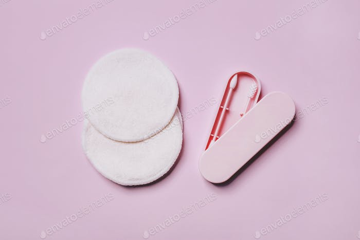 Reusable Double-sided Cotton Swab Ear Pick Stick in a box and Bamboo Make Up Remover Pads