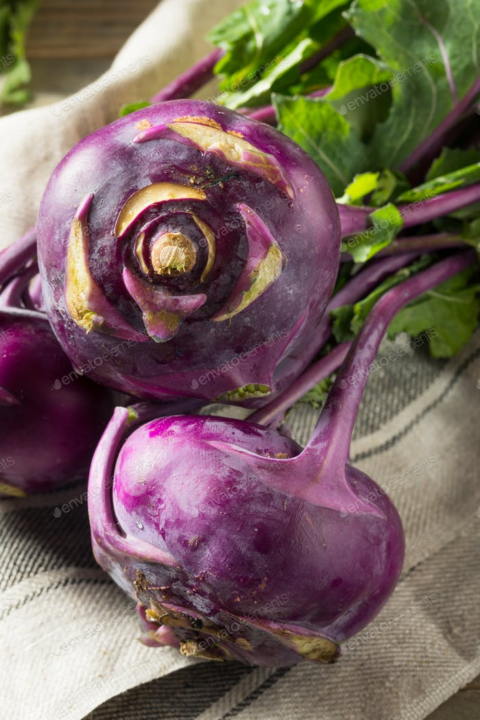Raw Organic Purple Kohlrabi