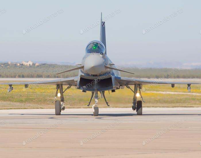 Militärflugzeuge