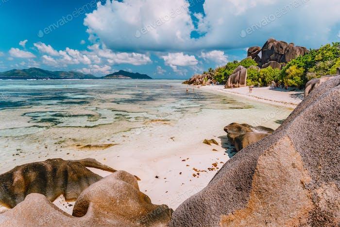 Anse Source d'Argent - exotischer Paradiesstrand auf der Insel La Digue auf den Seychellen