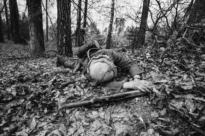 Deutsche Wehrmacht Infanterie Soldat im Zweiten Weltkrieg Soldat liegend