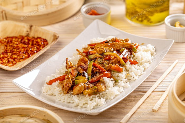Typisches chinesisches Gericht
