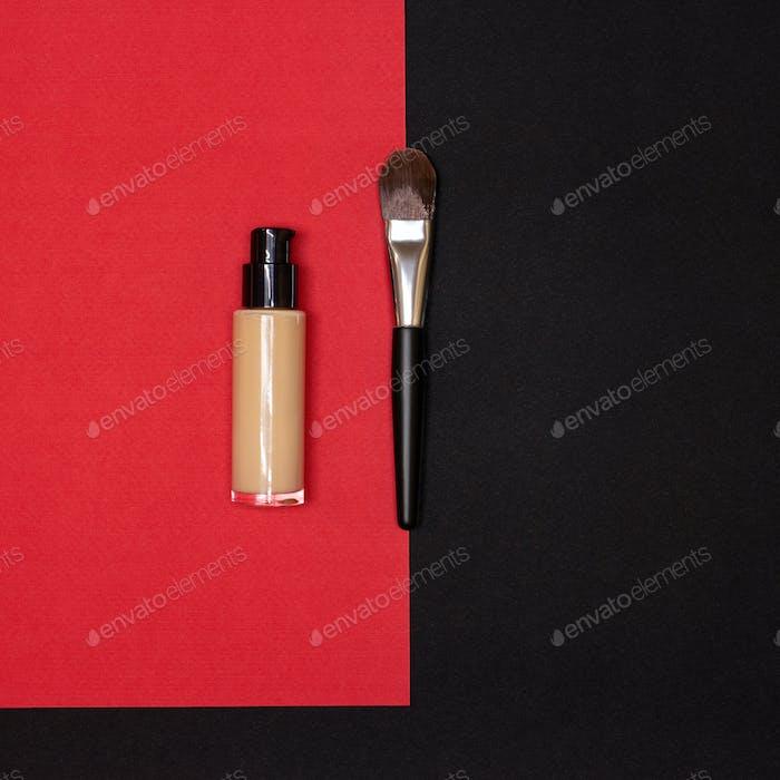 Liquid fluid make-up foundation bottle with makeup brush