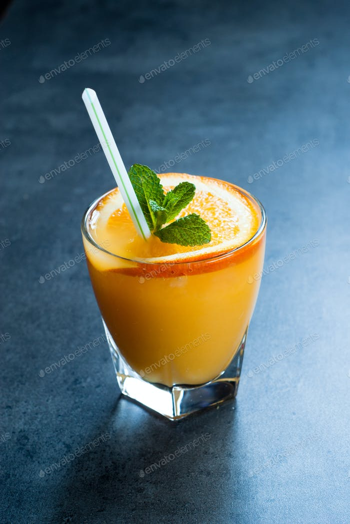 Fresh orange juice with ice