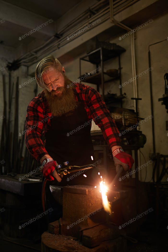Concentrated on gas welding
